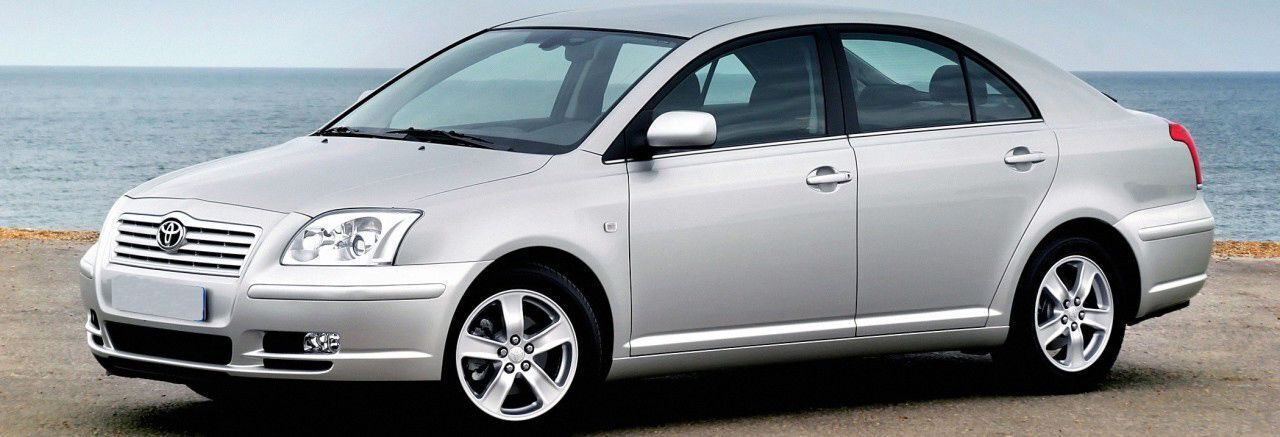 TOYOTA-Avensis-Liftback